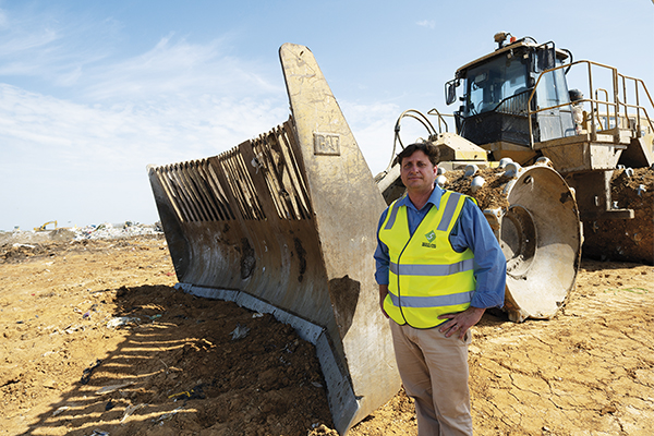 Linking landfill vision: Caterpillar and Select Civil