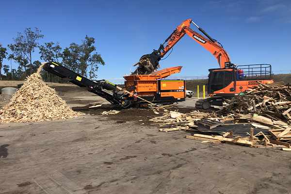 Shredding for soils: Lincom Group and Phoenix Power Recyclers