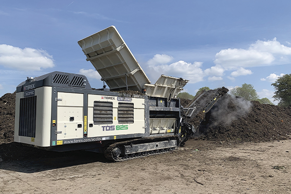 Finlay's Terex Ecotec TDS 825 Slow Speed Shredder